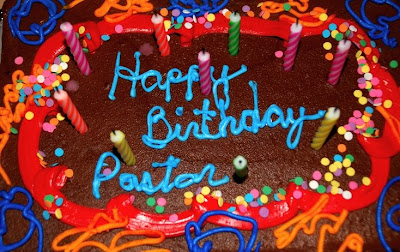 Pastor Day Cakes http://crossoverministries.blogspot.com/2008/08/happy-birthday-pastor-ralph.html