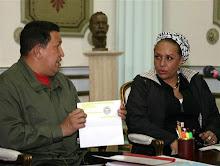 Hugo Chávez e a Senadora colombiana Piedad Córdoba