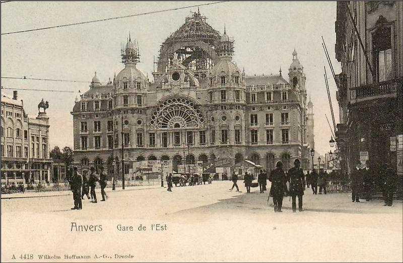 Antwerpen Centraal Station. Antwerp designer(s)?