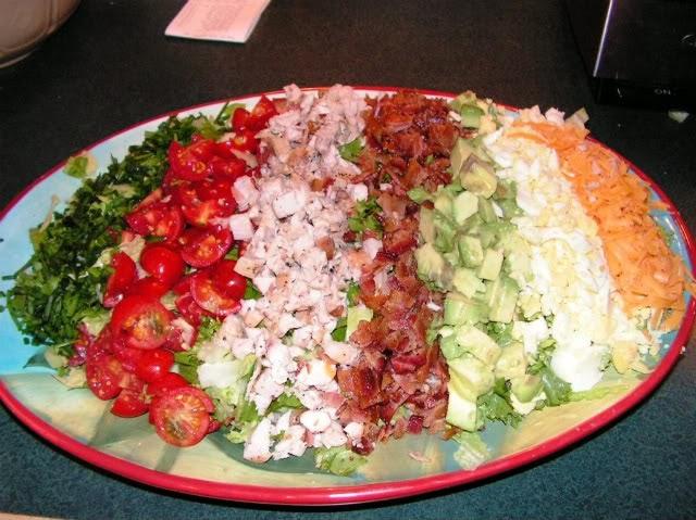 Cocina y algo mas coob salad - Como decorar una ensaladilla rusa ...