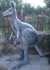 Canguro de bronce