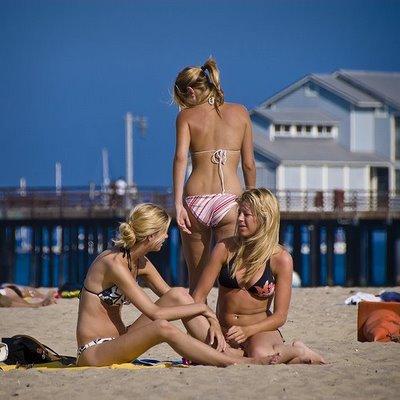 Девушки на пляжах калифорнии фото