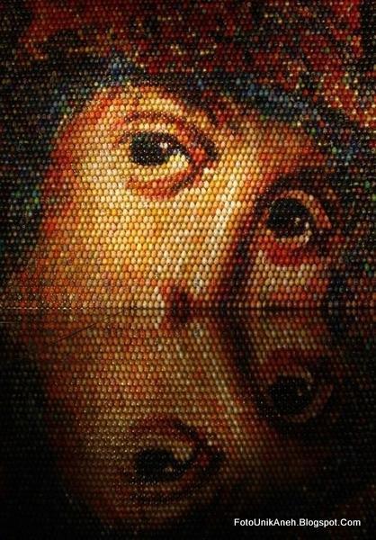 Lukisan Mosaik 7 x 7 Meter Ini Membutuhkan Ketekunan Luar Biasa