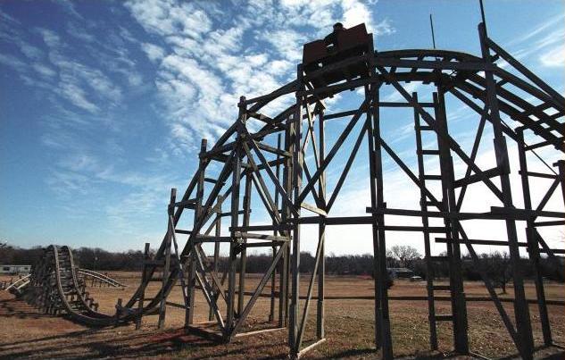Kereta Luncur Buatan Sendiri Dari kayu