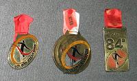 a medalha já ocupa seu lugar de honra ao lado das edições 82 e 83 da corrida