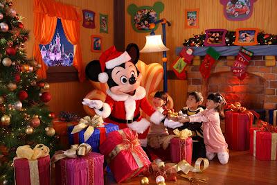 [Hong Kong Disneyland] A Sparkling Christmas 2011 Hkd+christmas+0