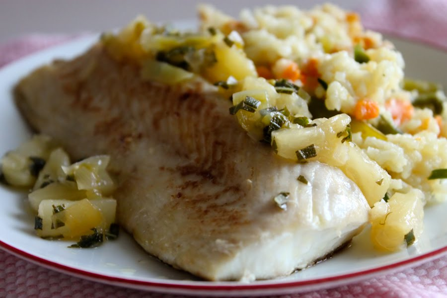 fleur de sel: seared mahi mahi with green tomato-pineapple sage sambal