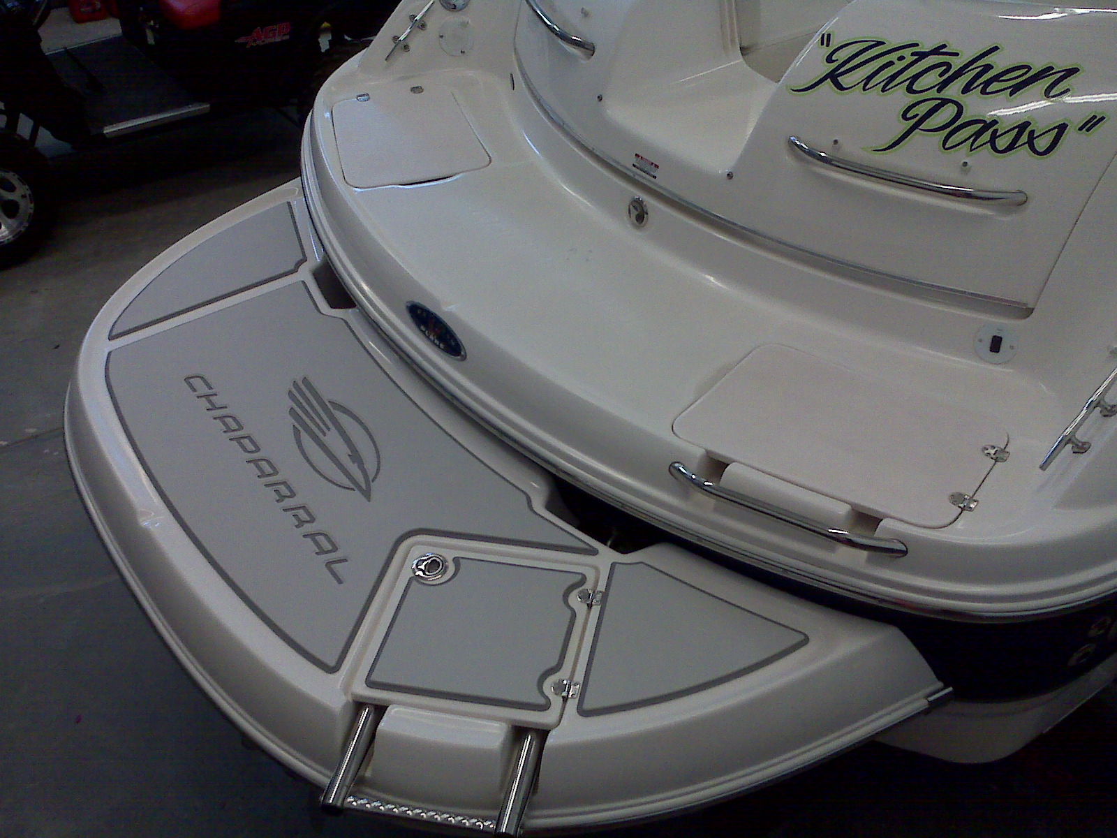 Custom Seadek Traction On A Chaparral 274 Seadek Marine