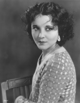 Raquel Torres was born Paula Osterman in 1908.