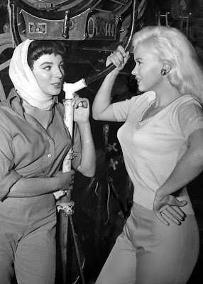 Joan Collins with Jayne Mansfield.