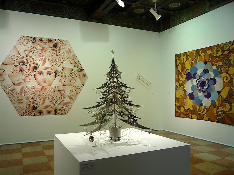 Santa's Workshop Shanghai / James Cohan Gallery