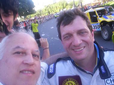 Con el francés Philippe Gosselin