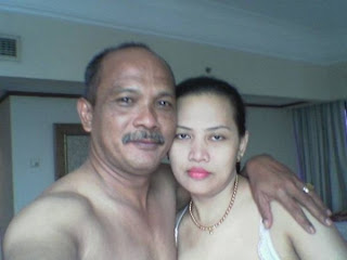 Foto Mesum Bupati Pekalongan - Hot Wabup Pekalongan - Qomariyah Ponco