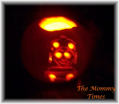 Thomas the train pumpkin carving the mommy times for Thomas pumpkin template