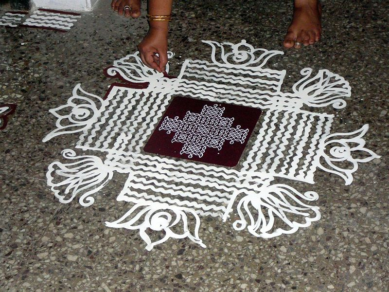 Kolam There Are Several Types Of Kolam Designs There Are Line Kolams
