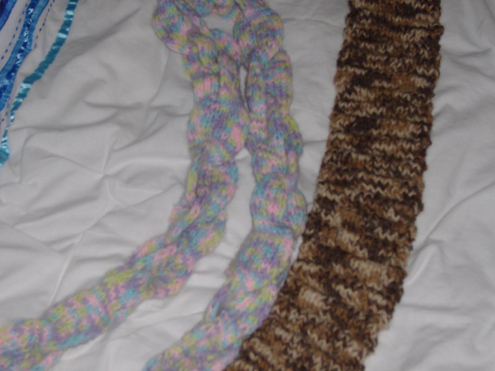 [Bag,+scarf,+stitch+markers+078.jpg]