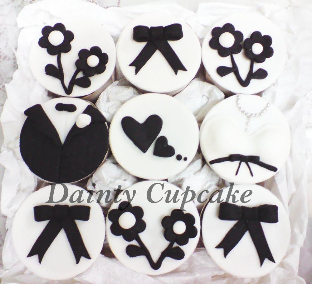 Black & White Wedding Cupcakes (Hataran) ~ Dainty Cupcake