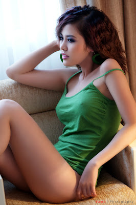 Sexy Vietnamese girl photos