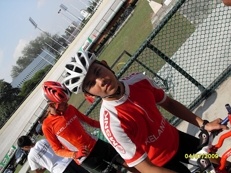 Ali....shafiq.....team sprint