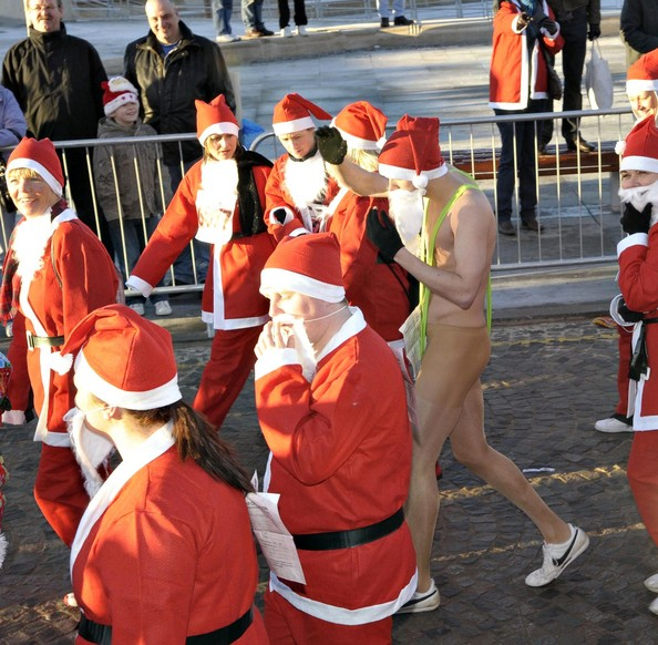 More people are going to · Running marathons dressed as