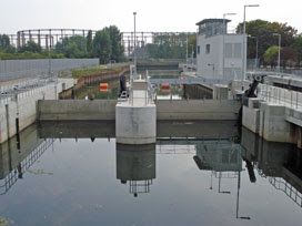 Three Mills Lock
