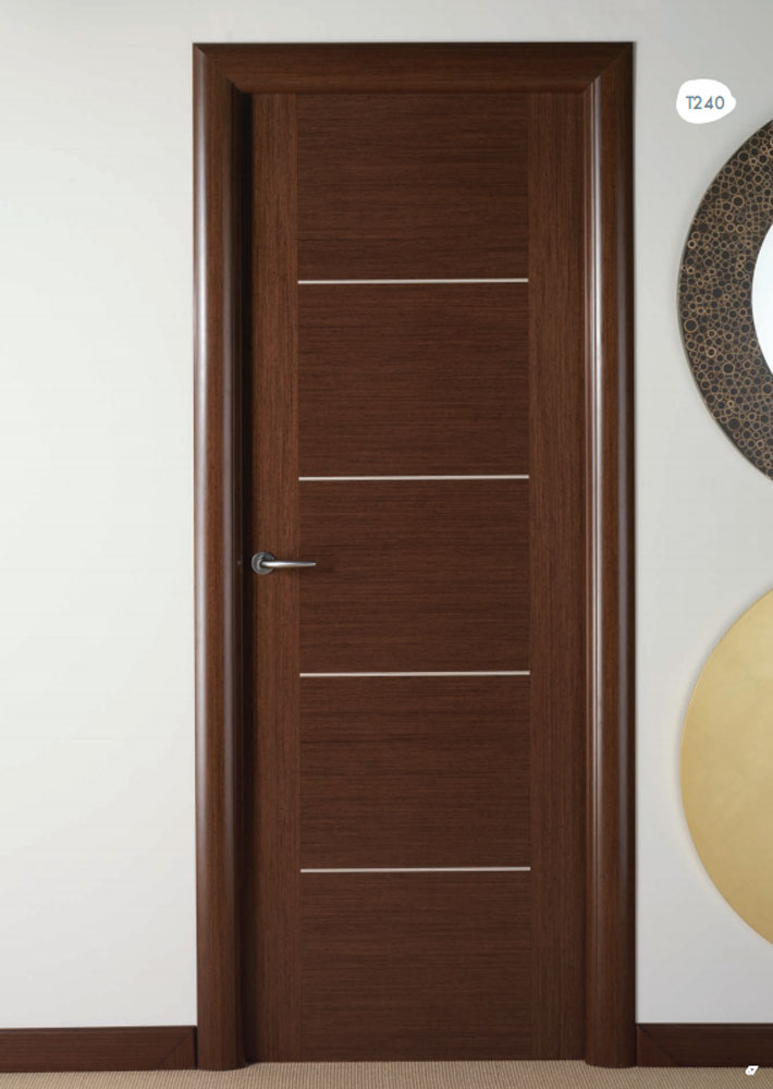 Puerta de interior wengue t240 visel artideco puertas for Modelos de puertas de madera para dormitorios