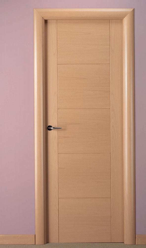 Puerta de interior en haya vaporizada t530 visel for Precios en puertas de madera