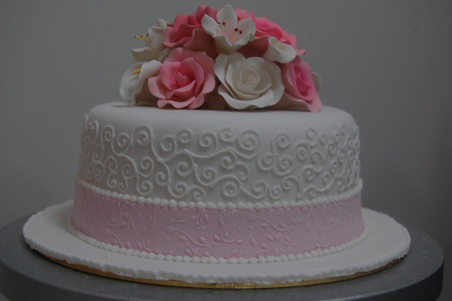 Cake Images With Name Rani : Pin Pin Rani Canglun Delights Fondant Barbie Doll Cake On ...