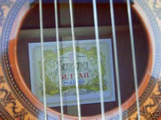 Suzuki Violin Company Guitar No
