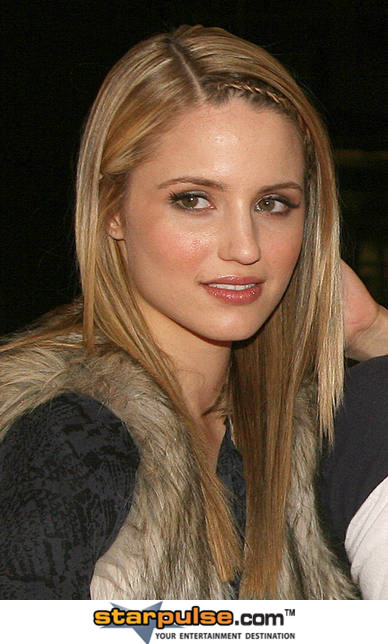dianna agron. Dianna Agron Hot Photo Gallery