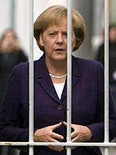 Angela Merkel besucht Stasi-Gefängnis