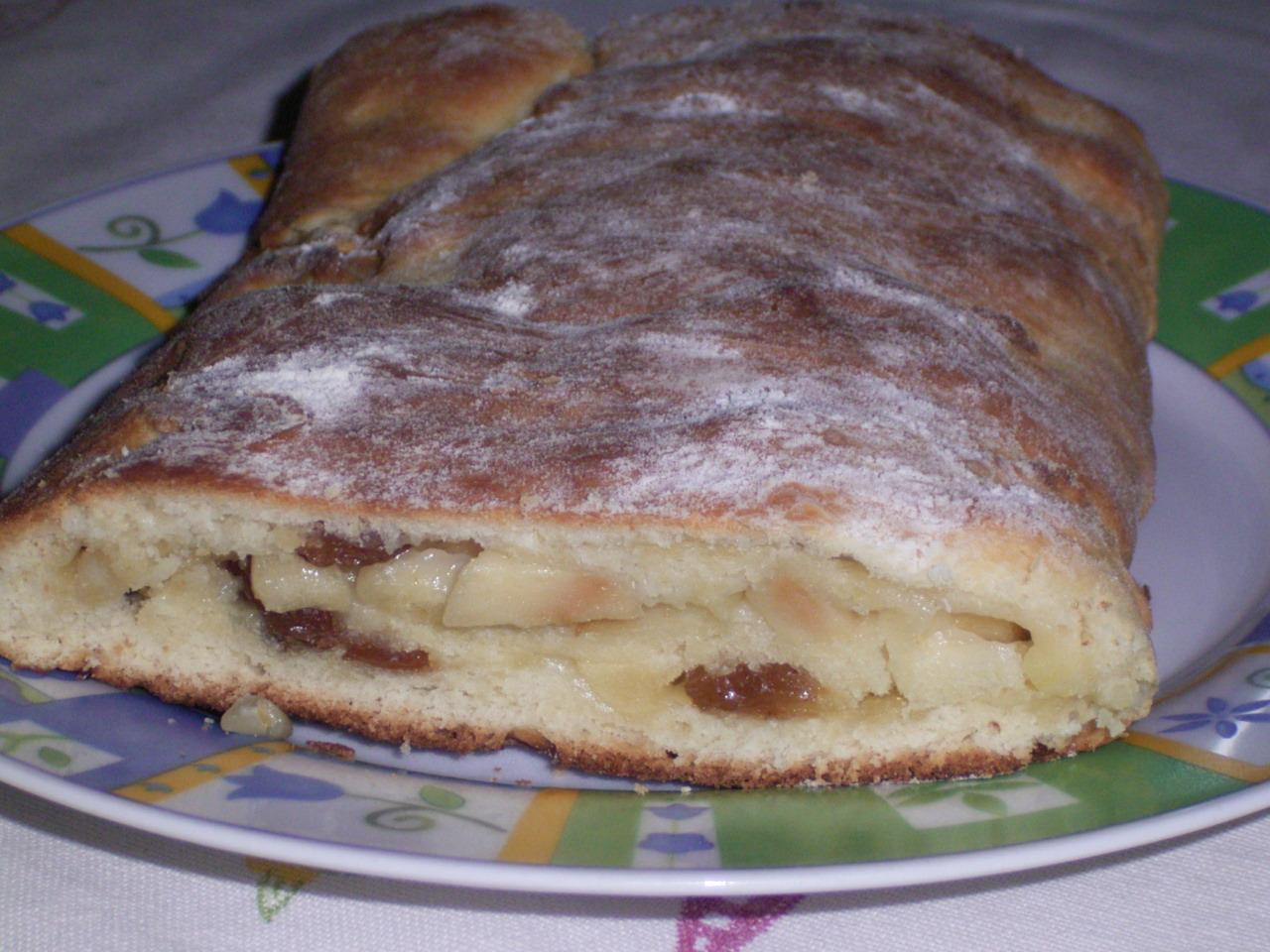 Cucina...che passione!: BRIOCHE-STRUDEL DI MELE