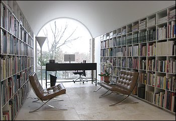 Architect Hugh Newell Jacobsen And His Egg Crate Bookshelves