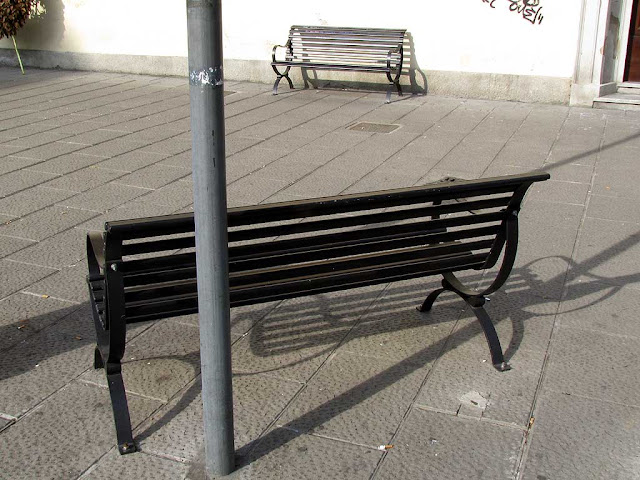 Pole position bench, Via Magenta, Livorno