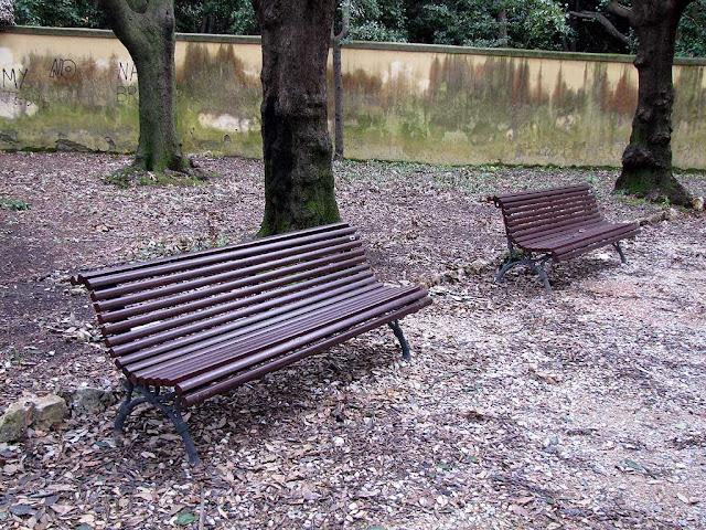Benches in Villa Letizia, Livorno