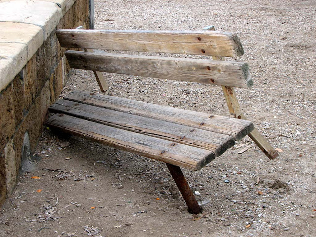 Three legged bench, Scoglio della Regina, Livorno