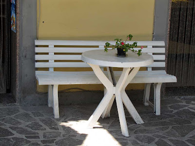Bench outside a bakery, Quercianella, Livorno