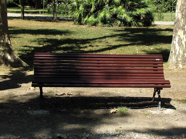 One of the new benches, Villa Fabbricotti, Livorno