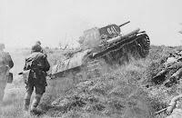 Soviet army attack world war 2 photo