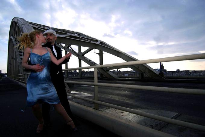 from a photoshoot for Buenos Aires aan de Waal, Nijmegen. With Jolanda Walder