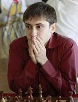Dmitry-Jakovenko primer tablero del Tomsk-400 en el Campeonato de Rusia de Ajedrez por Equipos 2009