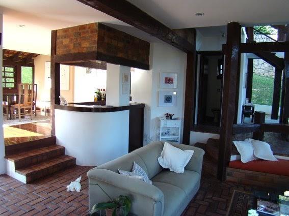 Sala De Estar Karaoke Bar ~  varanda a entrada social, sala de estar, bar e parte da sala de jantar