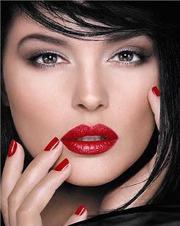 maquilhagem labios vermelhos