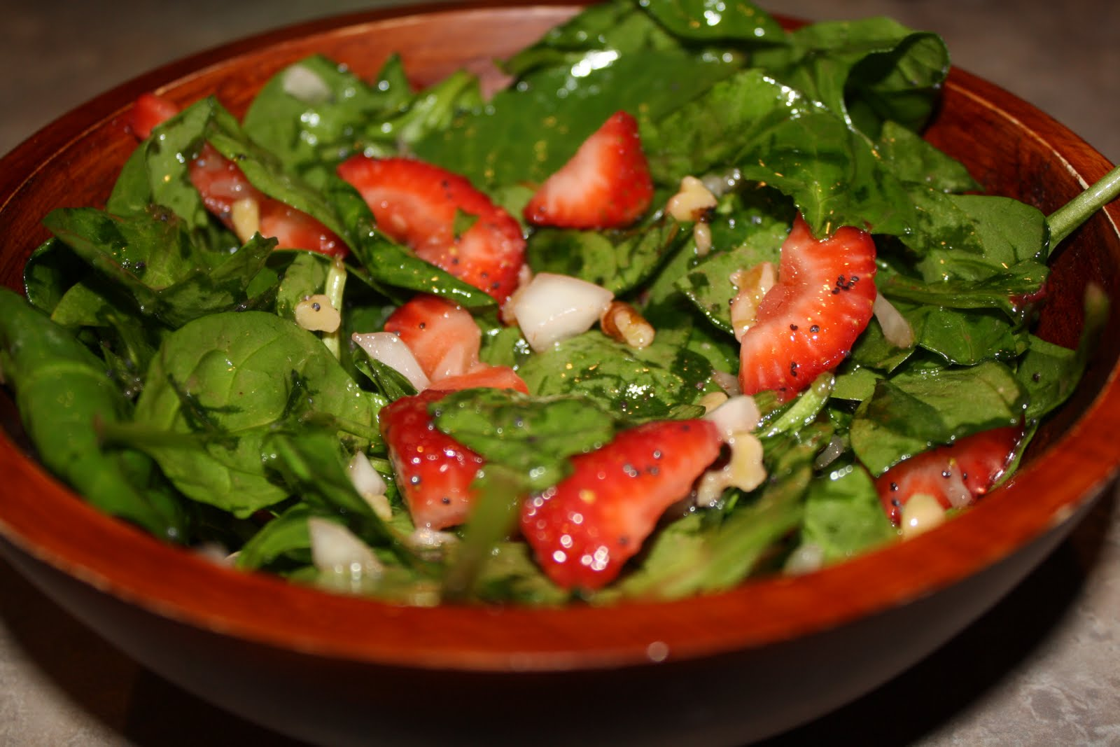Unwritten: Spinach and Strawberry Salad