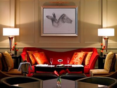 Sof rojo de qu color las paredes - Muebles marrones de que color pinto las paredes ...
