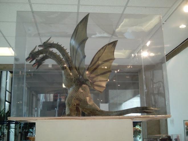 Hidra Dragão de 3 cabeças