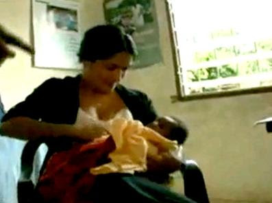 http://4.bp.blogspot.com/_OgYl1Pkdo4U/Sgw0cjSn13I/AAAAAAAATIE/vxKILB4J88E/s400/salma-hayek-breastfeeding.jpg