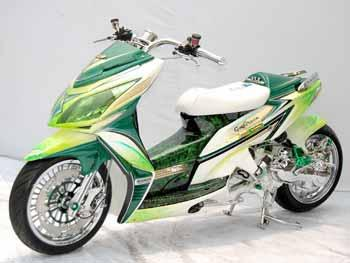 HONDA VARIO CUSTOM FULL AIRBRUS CHROME