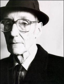 William Burroughs queer naked lunck junkie literature book livros gay photo