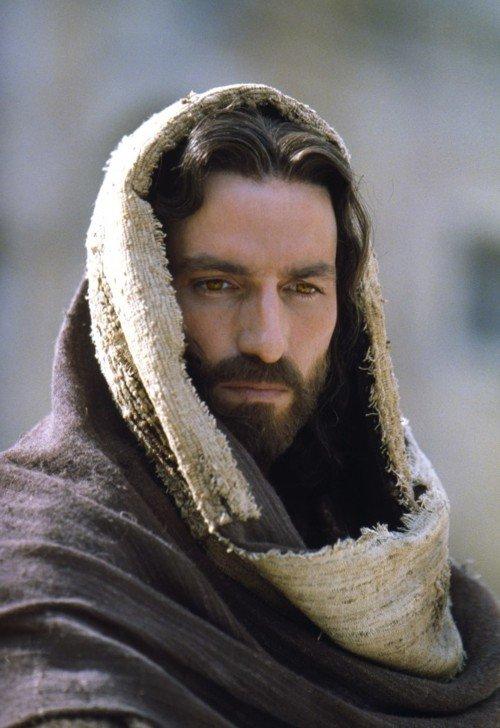 Señor, tienes palabras de vida eterna Jesucristo